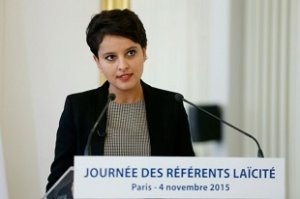 823620-la-ministre-de-l-education-najat-vallaud-belkacem-a-paris-le-4-novembre-2015